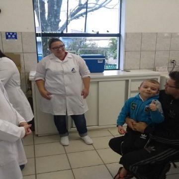 Vacinação contra o sarampo e a poliomielite atinge metade do público-alvo