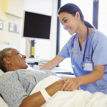 Consulta e prescrição de remédio por enfermeiro têm amparo legal