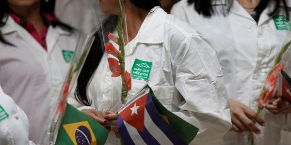 """Cubanos podem ser aproveitados no """"Médicos pelo Brasil"""""""