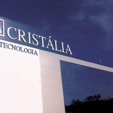 Laboratório Cristália é eleita pela Exame como melhor indústria farmacêutica do país