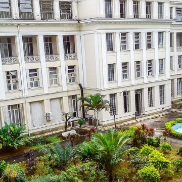 Centro de transplante de córneas do Hospital São Francisco completa um ano